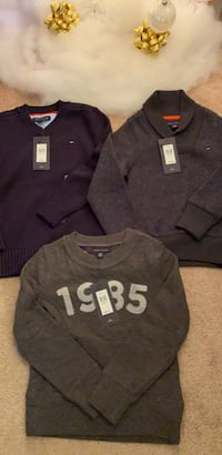 Tommy Hilfiger Sweaters - size XS Mississauga, L5V 0C1