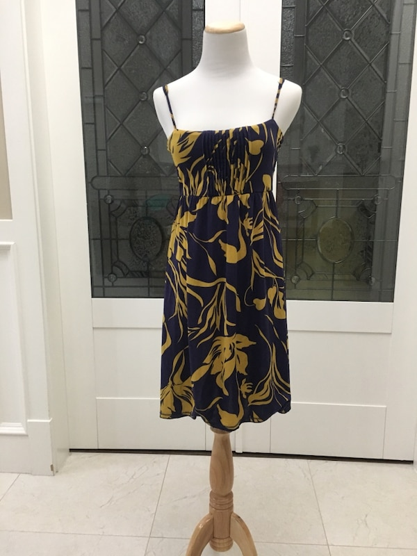 Women's black and yellow floral spaghetti-strap summer dress sz small