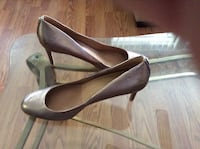Pair of gray leather stiletto shoes Belleair