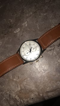 round silver-colored analog watch with brown leather strap Hamilton, L8J 0G8