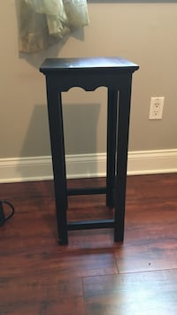 Wooden stand  Jacksonville, 32257