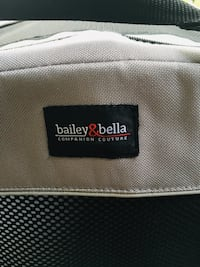 Bailey & Bells med soft collapsible crate Port Coquitlam