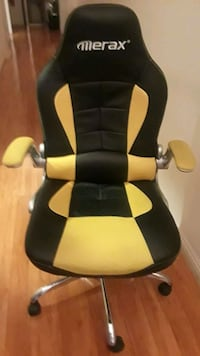 GREAT OFFICE chair!.EXTRA WIDE SEAT! RECLINES!  Las Vegas, 89103