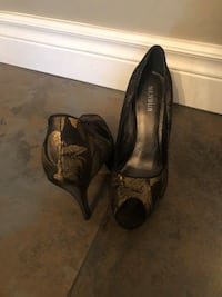 Menbur gold and black high heels  Montréal, H1P 2Y3