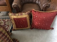 Accent pillows from a smoke free pet free home eight dollars each Calgary, T3M 0Y1