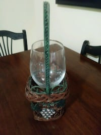 Cute wine basket with lg wine glass incl