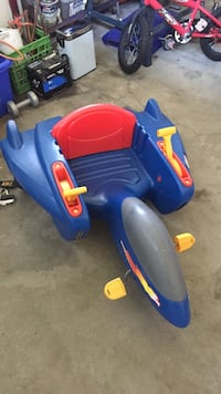 Blue , gray and red space ship ride-on toy Cambridge, N1R 6N6