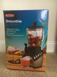 Smoothie. Still in box never used Manassas, 20109