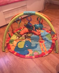 Baby Activity Gym with musical hanging toys Vienna, 22182