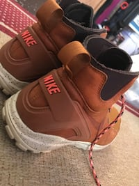 Nike Shoes, haven't used it alot London, N5Z 3A9