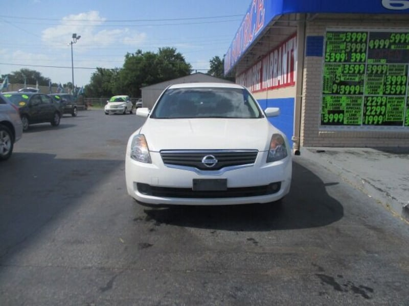 Nissan-Altima-2007 6372ee69-3bd6-442c-a060-6c3bf592aa0a