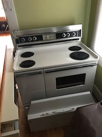 white and black electric coil range oven Augusta, 30904
