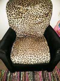 Leopard and black Velvet kids recliner Stockton, 95206
