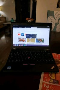 lenovo thinkpad with ubuntu os not windows 4GB wit Toronto, M1W 2H8