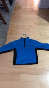 blue and black long sleeve shirt Laval, H7G 0A1