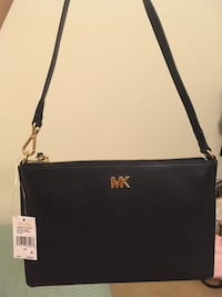 Authentic And Brand New Original Michael Kors Clutch ( Small Hand Bag ) Include Tag  San Diego, 92122