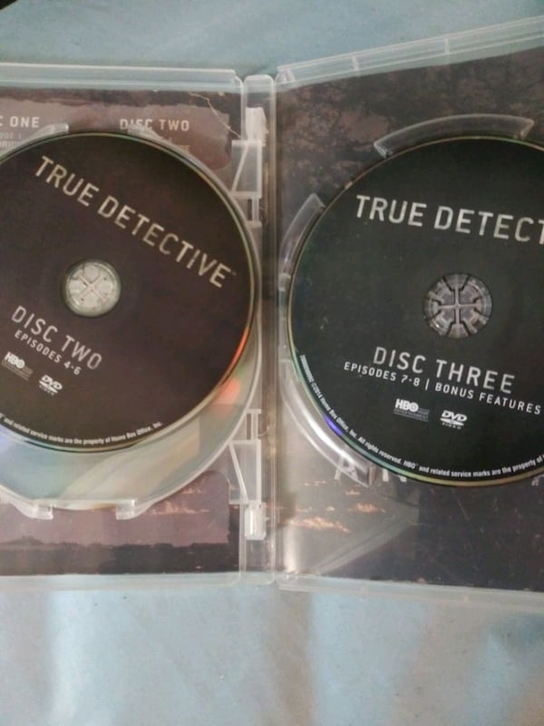 True Detective season 1 dvd 2