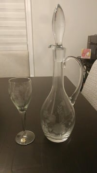 Crystal decanter and 6 glasses Brampton, L7A 0K4