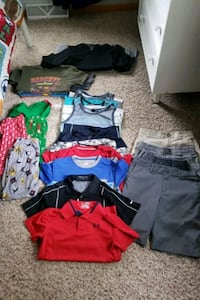 Boys lot size Youth Medium 8/10 Polk City, 50226