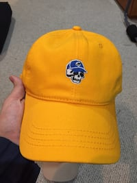 Yellow UO dad hat brand new without tag
