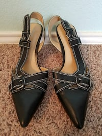 Mossimo Black Leather Pumps, size 8.5