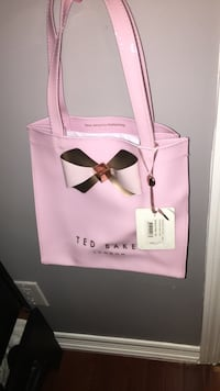 Authentic Ted Baker purse Toronto, M2M 3T2