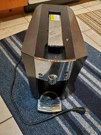 Starbucks Verismo Coffee Maker(Negotiable)