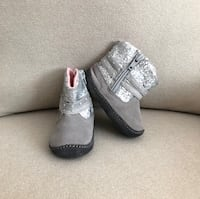 Stride Rite baby glitter booties size 3 Mississauga, L5M 0H2