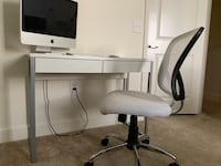 Desk and office chair  Miami, 33180