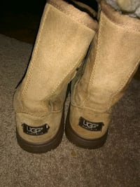 Ugg boots need gone ASAP Frederick