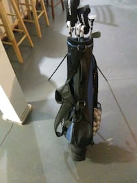 black and gray golf bag Dayton, 45417