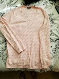 Tommy Hilfiger sweater Federal Way, 98023