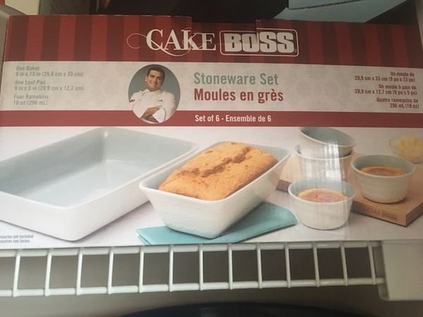 Stoneware set by Cakeboss