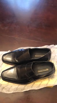 Two Pairs kids shoes size5/6  Toronto, M3H 5S3