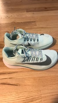 Nike Zoom Fly size 7.5 Chicago, 60642