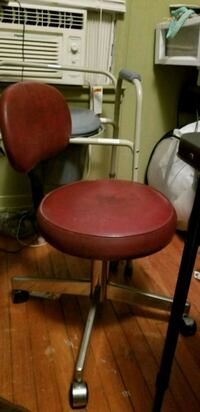 Antique nail chair York, 29745