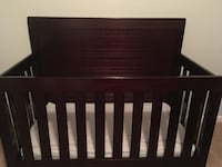 Convertible crib with conversion rails
