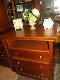 Thomasville media chest  Front Royal