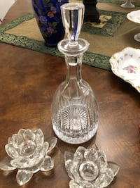 Glass wine container and 2 candle stlck holders Vaughan, L6A 4C8