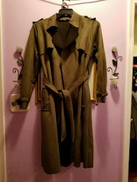 Green collared trench coat Toronto, M1R 4X9