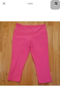Nike Pink Capri Athletic Pants L