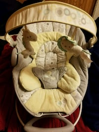baby's white and brown bouncer Wisconsin Dells, 53965