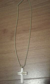 Gold plated stainless steel necklace  Toronto, M6H 1A2