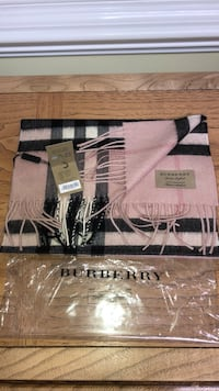 Burberry 100% authentic new scarve Silver Spring, 20906