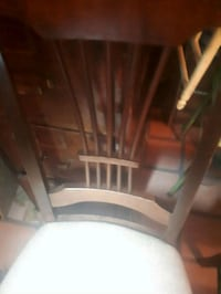 4 dining room chairs  Oakville, L6H 1K5
