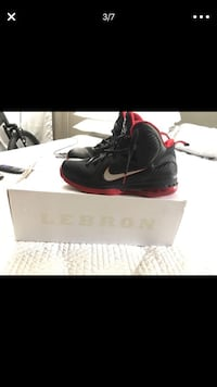 Lebron 9 Size 10. Lightly used. Great shape and price Miami, 33165