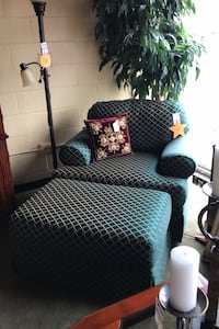 Thomasville Green Diamond Chair with Ottoman