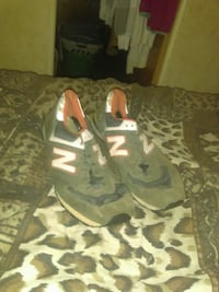 Size 13 New Balance sneakers Raleigh, 39153