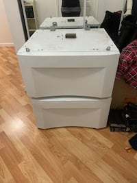 Pedestals for washer and dryer