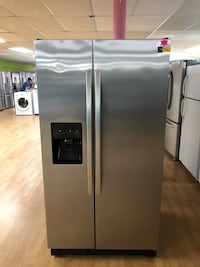 Stainless Steel Kenmore Side by Side Refrigerator  Woodbridge, 22191